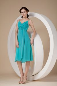 Knee-length Chiffon Turquoise Graduation Dress with Spaghetti Straps