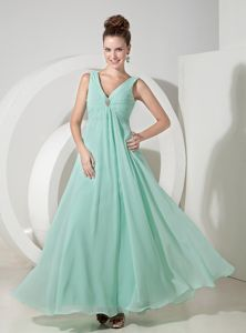 Apple Green V-neck Chiffon Cute Graduation Dresses with Beading in Destin