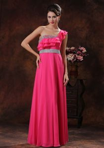 One Shoulder Coral Red Beaded Middle School Graduation Dresses