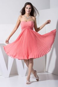 Zipper-up Beaded Pleated Watermelon Short Graduation Dresses for College