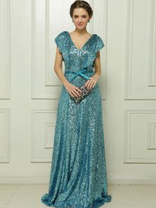 Artistic V-neck Sleeveless Sequined Ball Gown Prom Dress Sequins and Bowknot Zipper