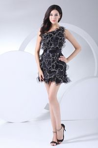 Ruffles Decorate Bodice Black One Shoulder School Summer Party Dress