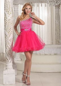 One Shoulder Beaded Decorate Bust Graduation Ceremony Dresses in Strathmiglo