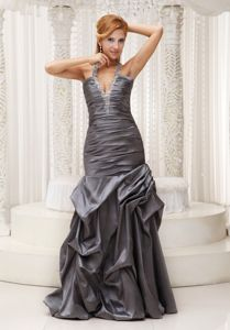 Beaded Decorate Halter Grey Ruched Graduation Ceremony Dresses in Burntisland