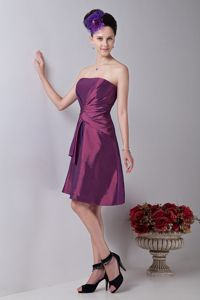 Purple Strapless Ruche Style Graduation Dresses for High School in Innerleithen