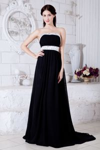 Sexy Strapless Beaded Black Graduation Dresses with Brush Train in Richmond Hill
