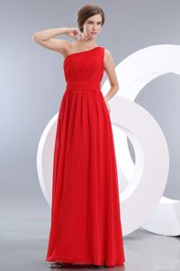 One Shoulder Ruched Floor-length Chiffon Graduation Ceremony Dress in Whyalla