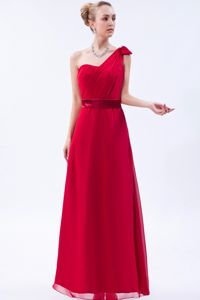One Shoulder Red Ruched Floor-length Evening Dress for Graduation in Ipswich