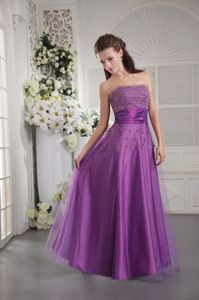 Eggplant Strapless Beaded Floor-length Tulle Grad Prom Dresses in Toowoomba