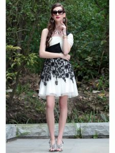 One Shoulder White And Black Sleeveless Chiffon Criss Cross Quinceanera Gowns for Prom and Party