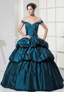 Ball Gown Off-the-Shoulder Graduation Dress with Appliques and Pick-ups
