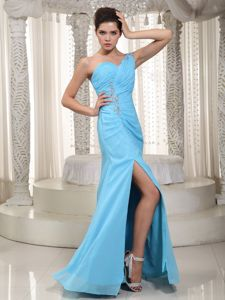 One-Shoulder Blue Dress for Graduation with Beading and Slit in Edzell