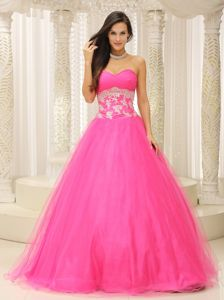 A-line Graduation Dresses for Girls Sweetheart Appliques in Rose Pink