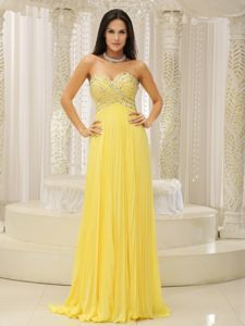 Yellow Sweetheart Beading Empire Prom Dress For Graduation