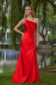 One Shoulder Beading Red Juniors Graduation Dresses in Potosi