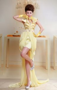Flouncing Yellow Beading Evening Dress for Graduation High-low