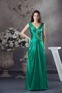 Beading Hunter Green Long Evening Dress For Graduation V-neck