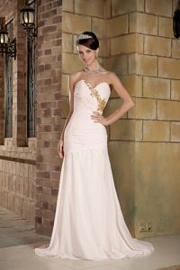 Light Pink Sweetheart Beading University Graduation Dress in Ahuaya