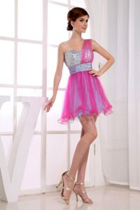 Cute Hot Pink One Shoulder Mini-length School Party Dress with Beading