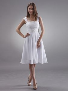 Hot Sale White Knee-length Prom Party Dresses with Appliques and Straps