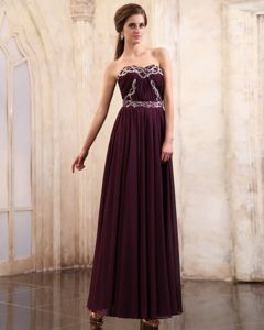 Elegant Dark Purple Sweetheart School Winter Party Dresses with Beading