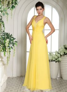 Modest Yellow Long Dresses for School Parties with Straps and Appliques