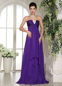 Stylish Ruched V-neck Eggplant Purple Long School Theme Party in Irving