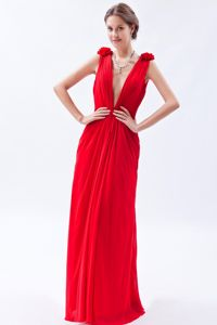 Red V-neck Floor-length Chiffon School Party Dress with Beading in Fresno