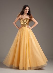 Luxurious Sweetheart Gold School Winter Party Dress with Tulle in Woburn