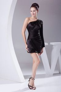 One Shoulder Mini-length Black Graduation Dresses for High School in Bolingbrook
