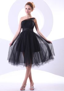 One Shoulder A-line Knee-length Black Graduation Ceremony Dresses in Madison