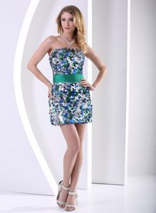 Multi-color Strapless Short Graduation Dresses for Middle School with Sequins