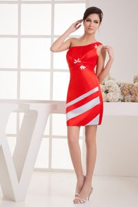 Latest One Shoulder Satin Red and White Mini Graduation Dress Patterns