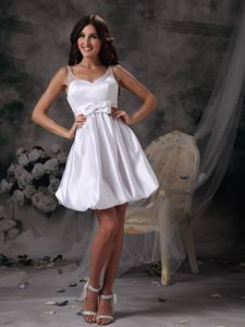 Customize Straps Mini-length Graduation Dresses for Middle School in White