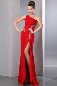 Beautiful Red One Shoulder Graduation Dresses for 8th Grade with High Slit