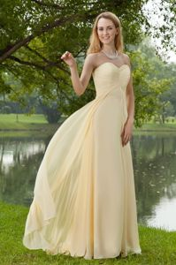 Plus Size Sweetheart Yellow Chiffon Lone Graduation Dresses for Girls