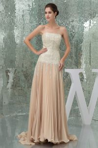 Strapless Pleated Champagne Brush Train Graduation Dresses with Paillette
