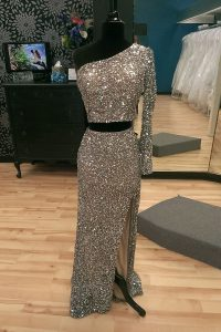 Sweep Train A-line Quinceanera Dresses Silver One Shoulder Sequined Long Sleeves With Train Zipper
