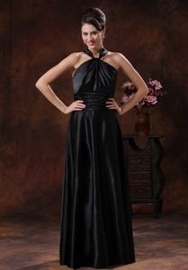 Elegant Black Floor-length Graduation Dresses for College for a Cheap Price
