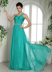 Beading and Ruches One Shoulder Turquoise Graduation Dress in Chiffon