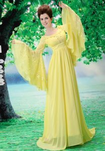 Scoop Yellow Junior Graduation Dresses in Allgood Long Sleeves Design